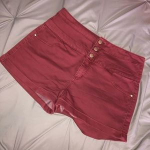 High waisted rusted red denim shorts!